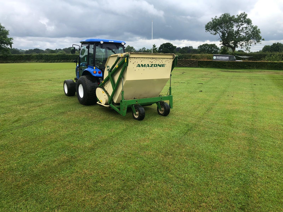 Amazone 150 Flail_scarifier collector